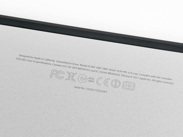 serial-number-macbook-bottom-case.jpg