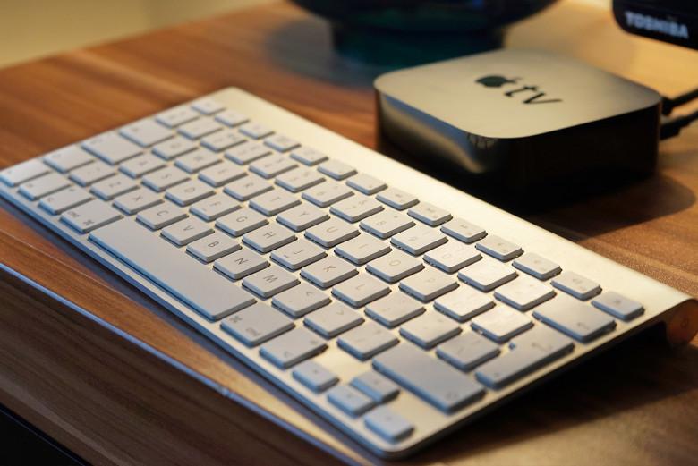 Apple-TV-with-Keyboard_1-780x521