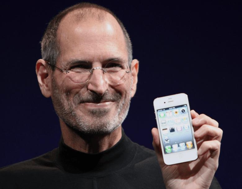 Steve_Jobs_Headshot_2010-CROP-780x611