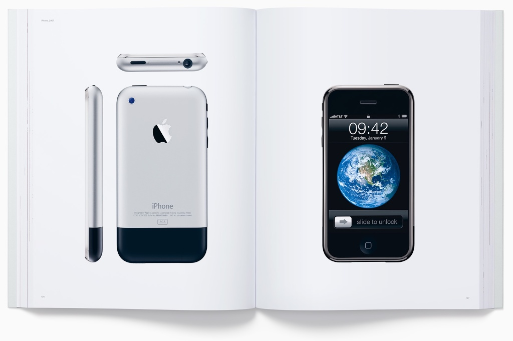 designed-by-apple-in-california-photo-book-003